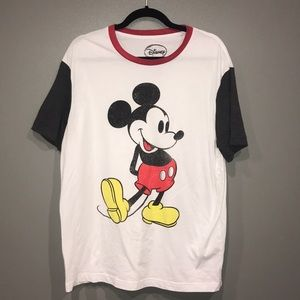 Disney Mickey T-shirt Size XL